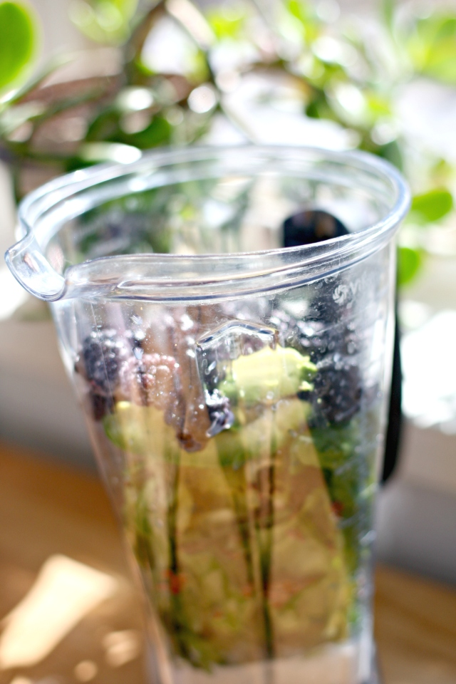 Produce on Parade: Ginger Blackberry Green Smoothie