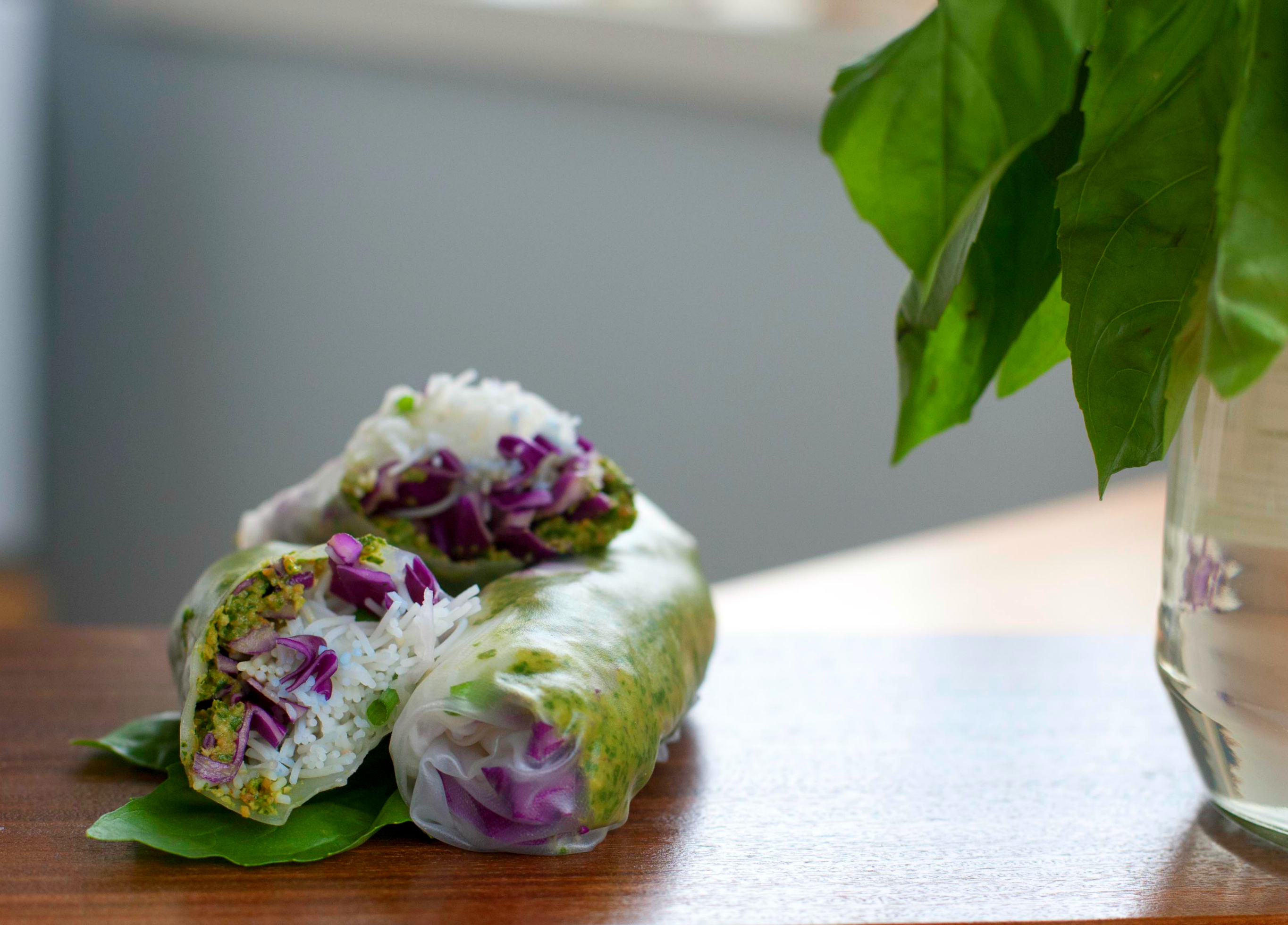 Sesame Crusted Avocado And Cabbage Spring Rolls Recipe ...